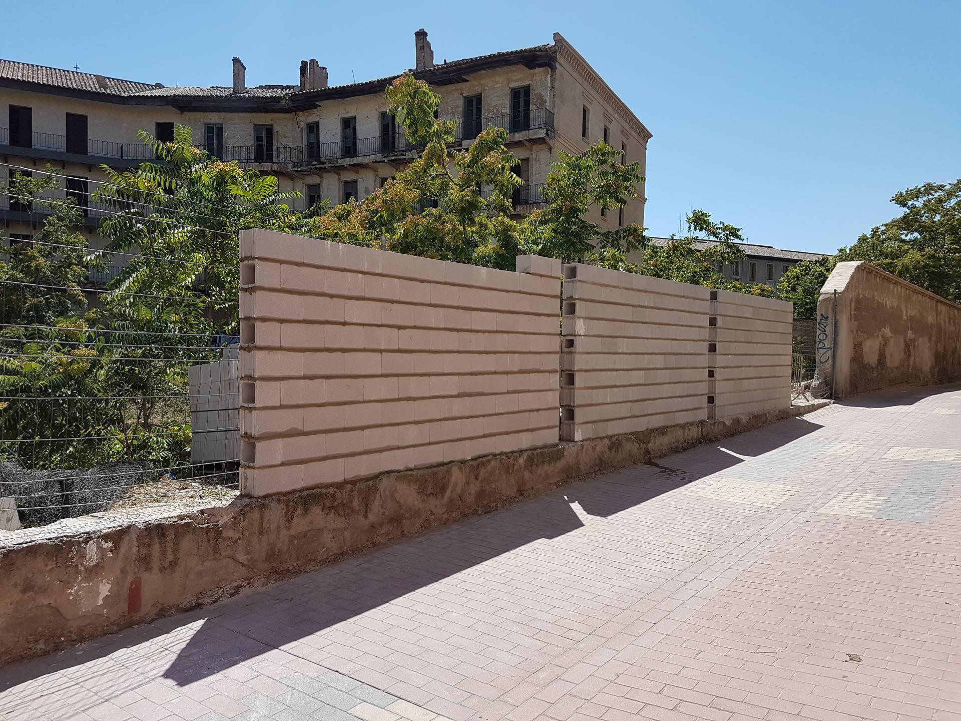 Comienza el vallado del Antiguo Cuartel de Pontoneros