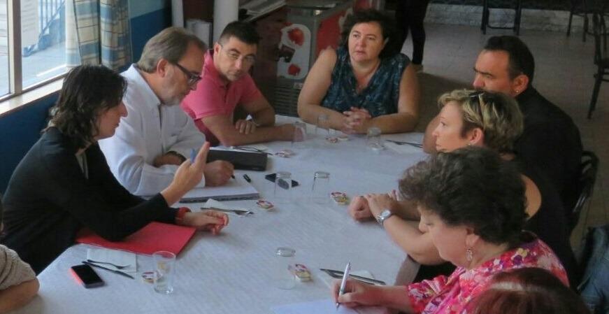 La A.VV. Balsas de Ebro Viejo se reúne con representantes municipales para denunciar la degradación del entorno.